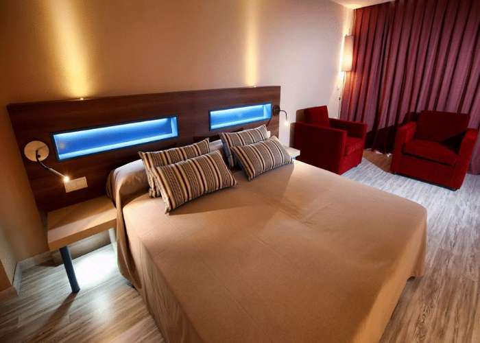 dormir villajoyosa hotel allon mediterranea