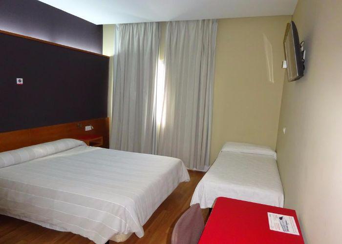 dormir nules hotel autogrill plana