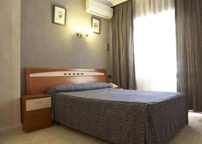 dormir lietor hotel felipe II Alda