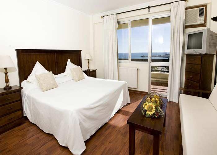 dormir benalmadena hotel barracuda
