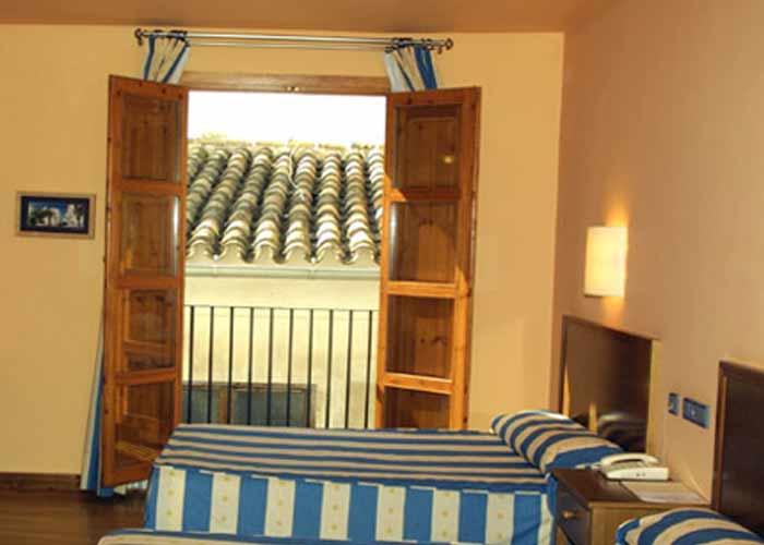 dormir cehegin hotel muralla