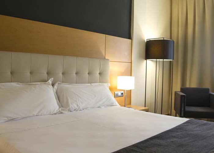 dormir murcia hotel occidental siete coronas