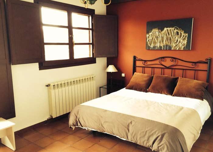 dormir fuendetodos hotel rural capricho goya