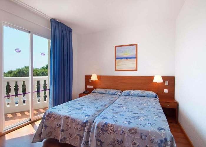 dormir alcossebre hotel servigroup romana