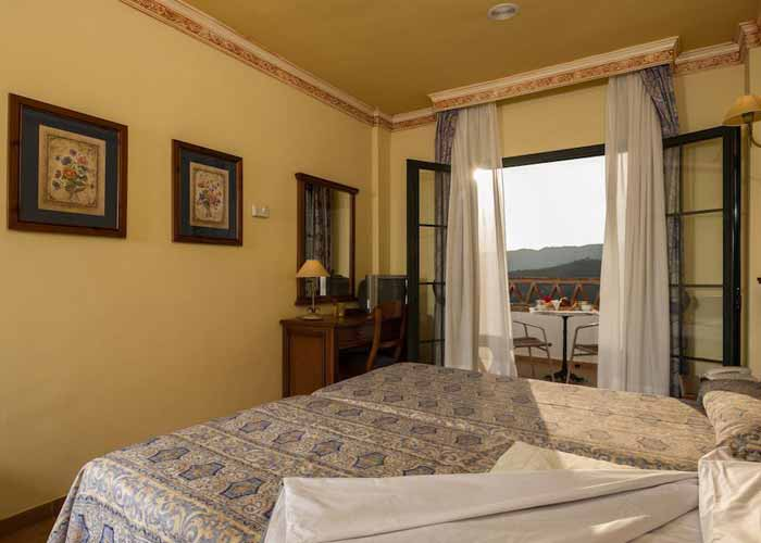 dormir frigiliana hotel villa frigiliana