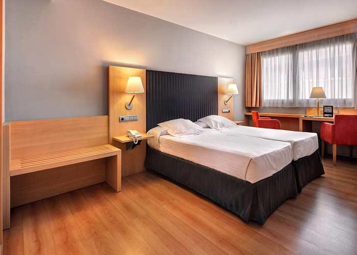 dormir zaragoza hotel villa goma