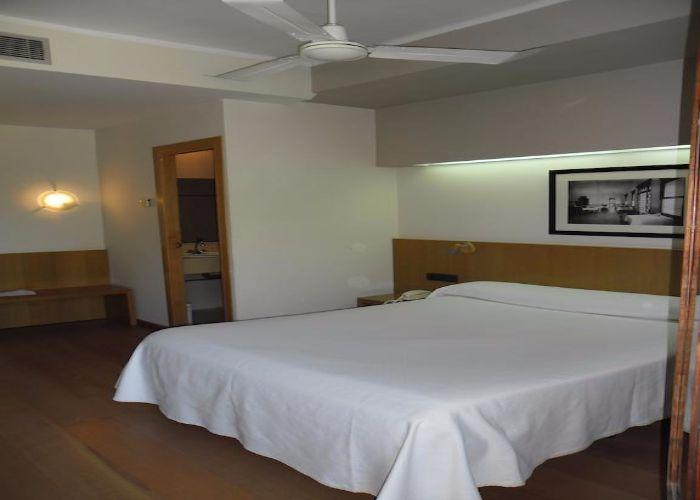 dormir benicassim hotel voramar