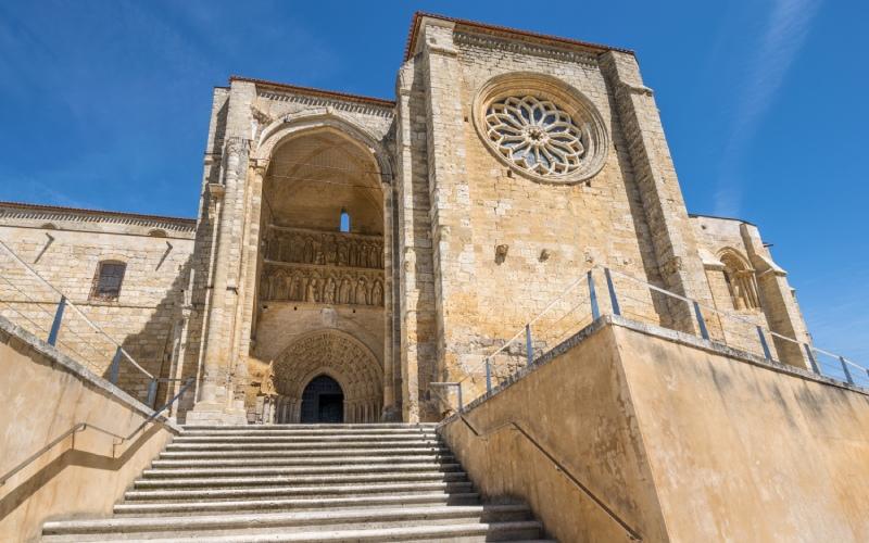 Templo-fortaleza de Villalcázar de Sirga, una iglesia de la Orden del Temple