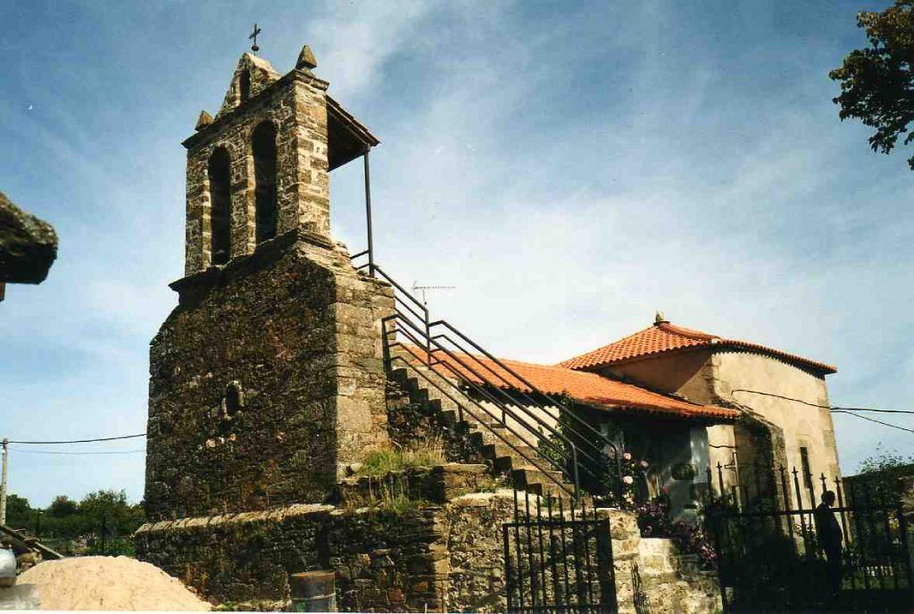 Iglesia de Villarino Tras la Sierra en el municipio de Trabazos