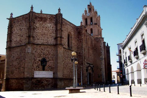 Iglesia de Nuestra Señora de la Purificación en Almendralejo