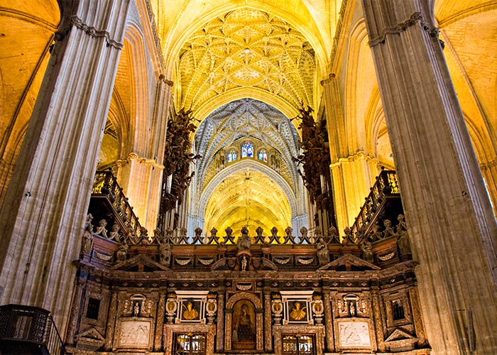 interior catedral sevilla