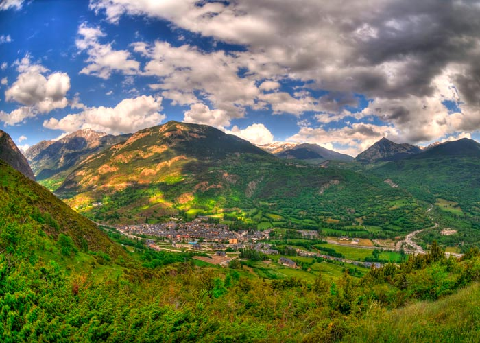 Vista de Benasque en el Valle