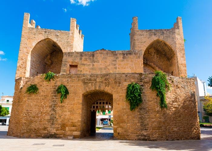 Puertac Sant Sebastia
