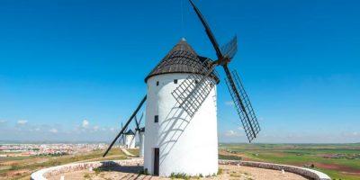 Molinos de viento en el Mirador de la Mancha