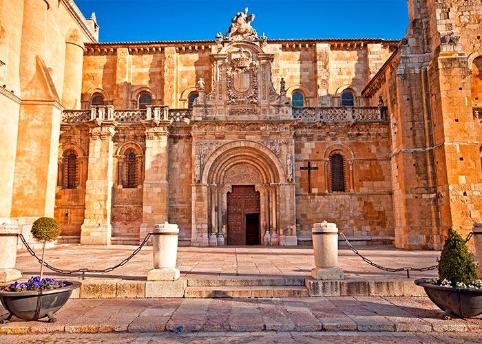 imagenCL_castilla-leon_leon_catedral_bi