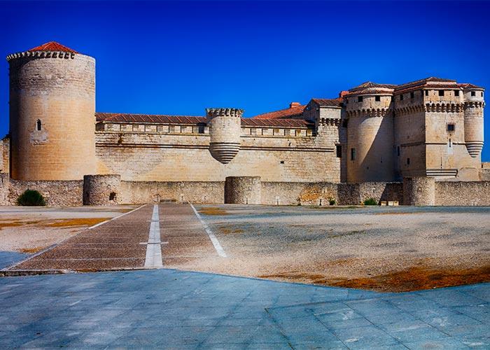 castillo duques alburquerque