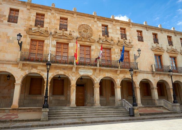 imagenCL_castilla-leon_soria_ciudad_ayuntamiento_BI