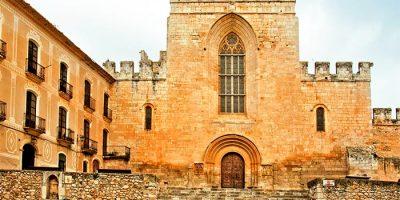 iglesia fundacional santes creus