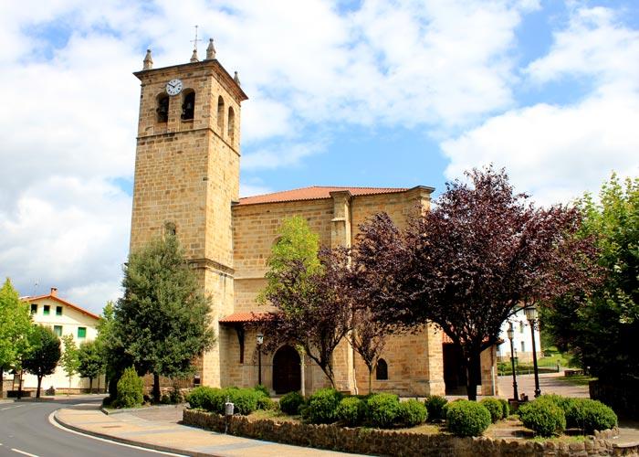Iglesia Parroquial de San Miguel Arcángel en Idiazábal
