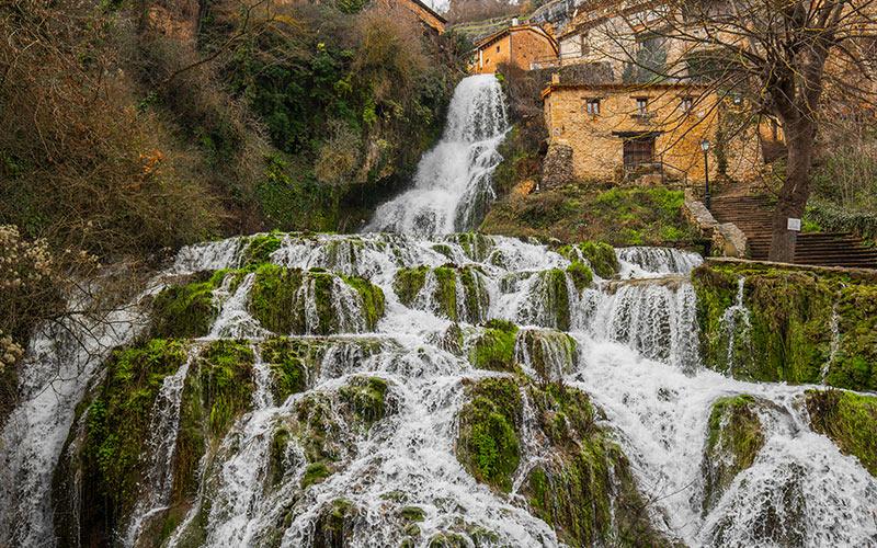 Pueblos más bonitos de Castilla y León: Orbaneja del Castillo