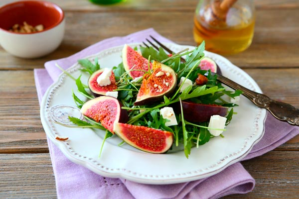 imagen_blog_gastronomia_recetas-de-ensaladas-de-frutas-refrescantes_1