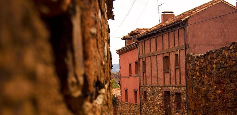 imagen_blog_viaje_pueblos-de-colores_rojo_villacorta_fl