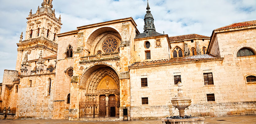 ruta catedrales castilla leon burgo osma
