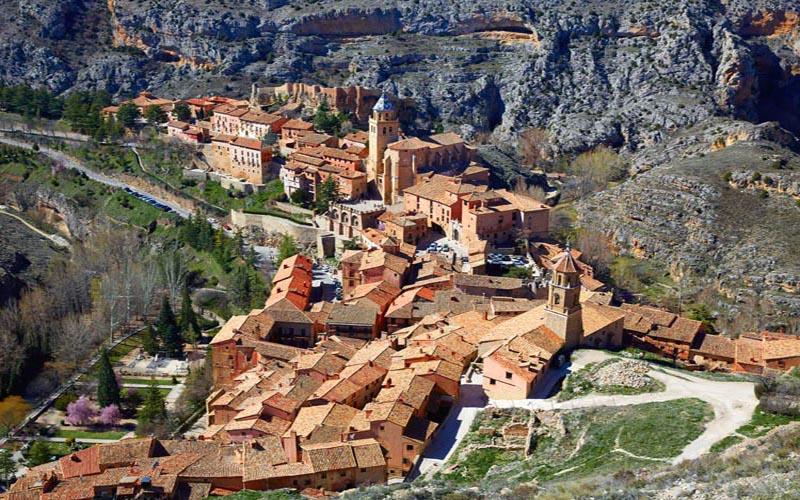 imagen_blog_viajes_10 pueblos españoles sobre acantilados al borde del abismo-albarracin