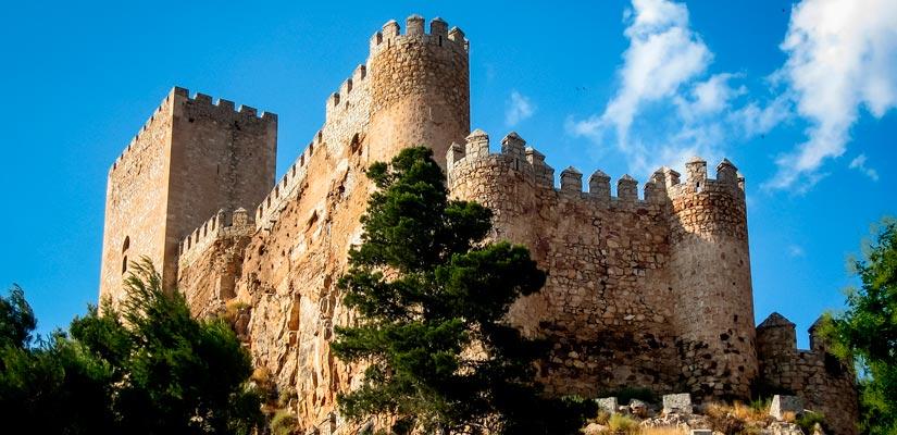 Castillos en Albacete: Almansa