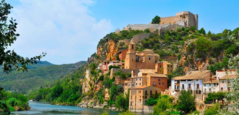 imagen_blog_viajes_castillos-templarios-de-espana_castillo-miravet_bi