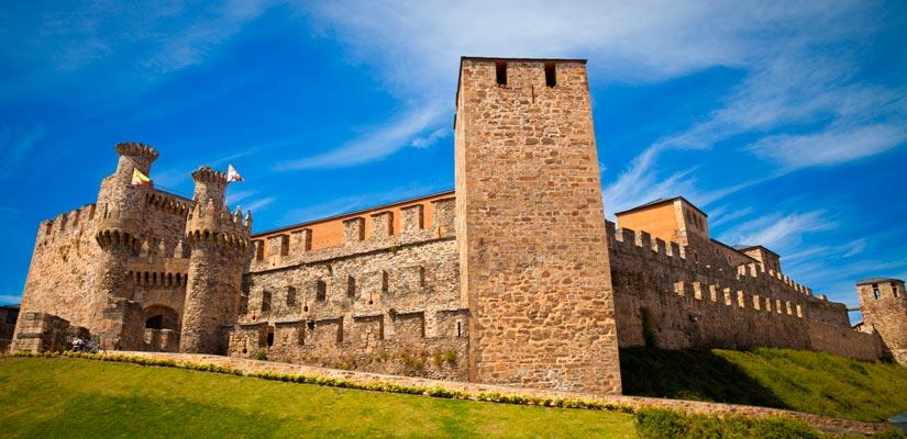 imagen_blog_viajes_castillos-templarios-de-espana_castillo-ponferrada_bi-2