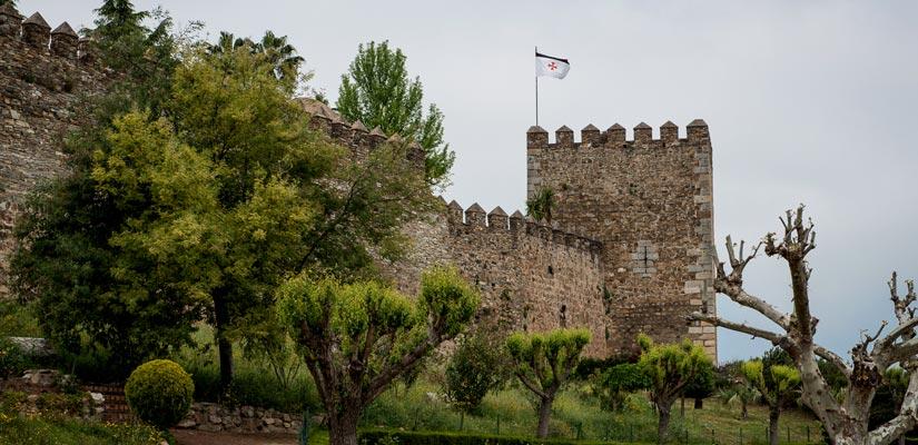 imagen_blog_viajes_castillos-templarios-de-espana_castillo-jerez-de-los-caballeros_flickr