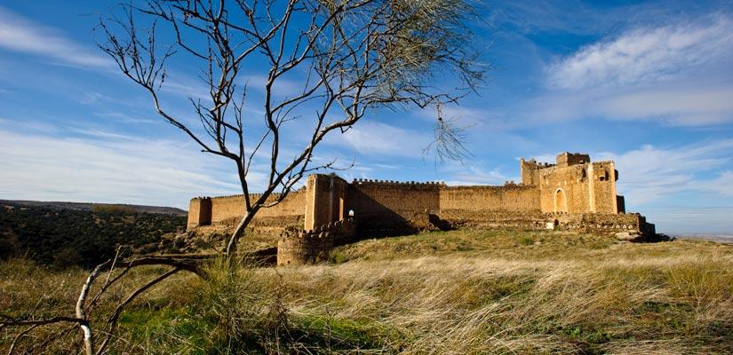 imagen_blog_viajes_castillos-templarios-de-espana_castillo-montalban