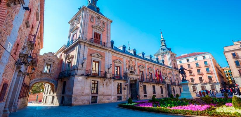 imagen_blog_viajes_ruta-selfie-madrid_plaza-villa