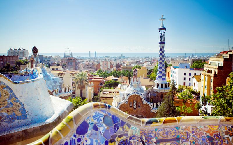 Barcelona, lugar de rodaje y parada obligatoria en la ruta por la España de Almodóvar