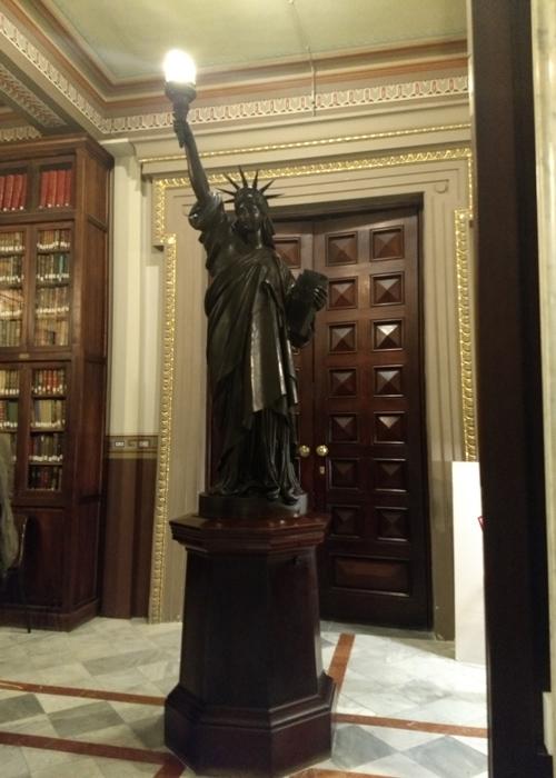 Estatua de la Libertad en Barcelona