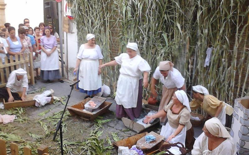 Grupo de participantes en la representación