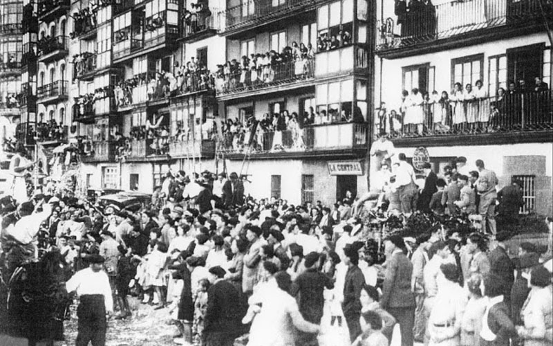 Batalla de Flores en Castro Urdiales en los años 20 del siglo XX