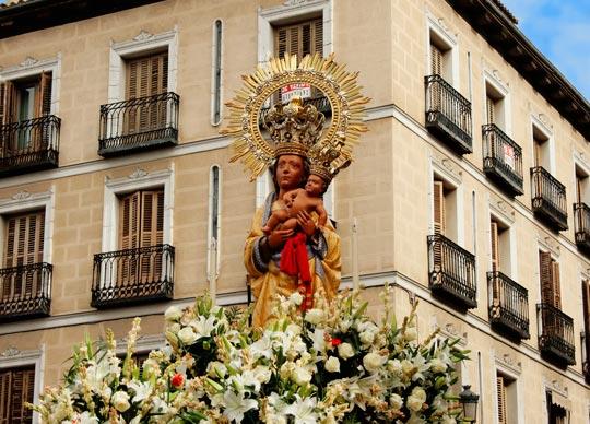 fiestas virgen almudena madrid