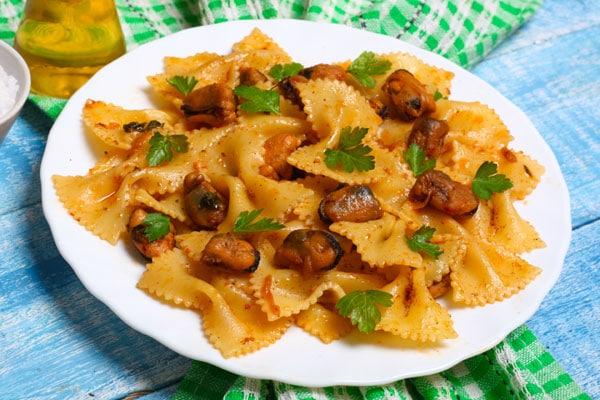 recetas pasta mejillones escabeche