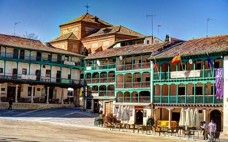 Plazas más coloridas de España Plaza Mayor de Chinchón