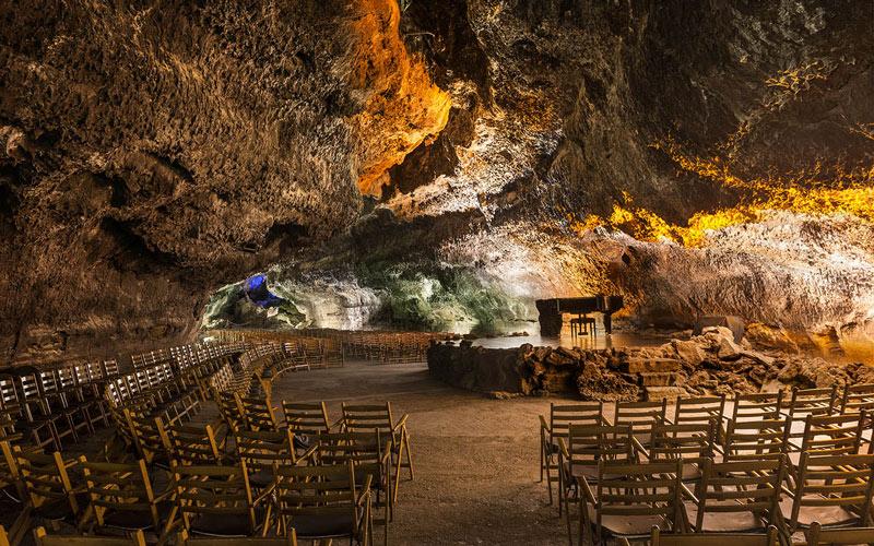 Auditorio de la cueva de los Verdes