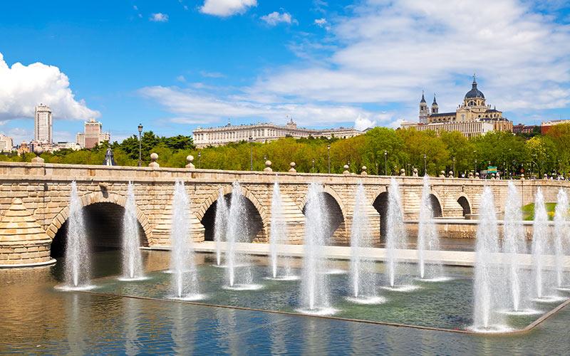Planes gratis en Madrid. Puente de Segovia