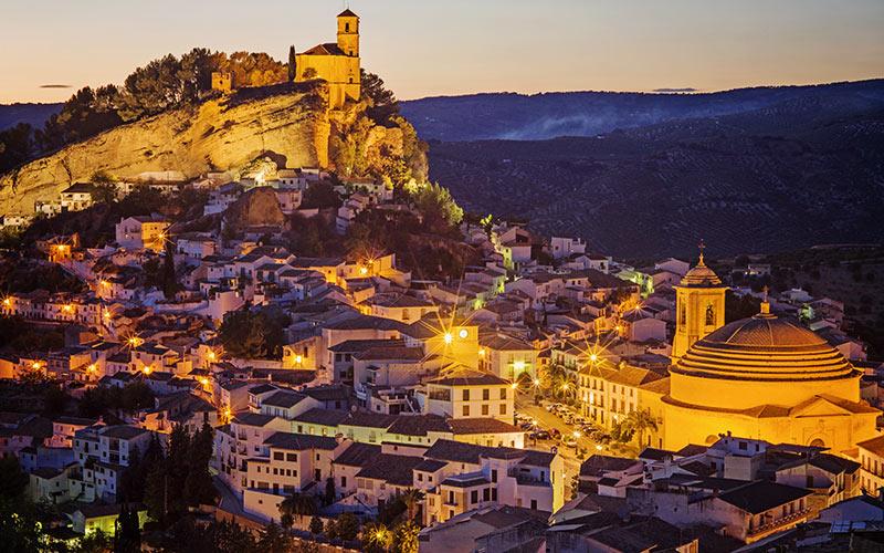 Vista de Montefrío al atardecer | Shutterstock