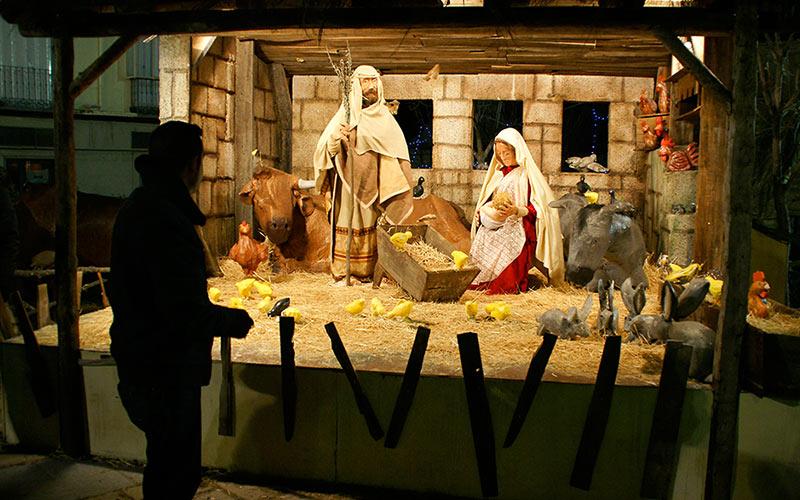 Pueblos de cuento navideño: San Lorenzo del Escorial.