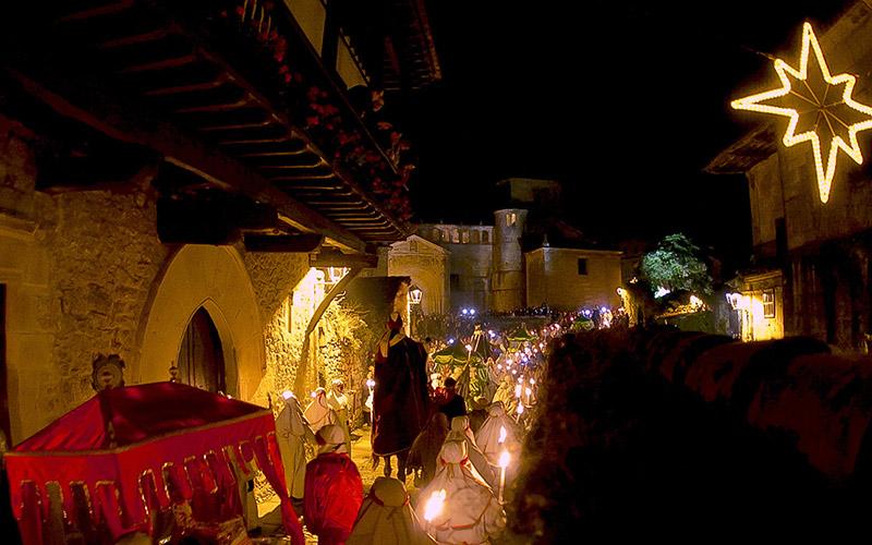Pueblos de cuento navideño: Santillana del Mar