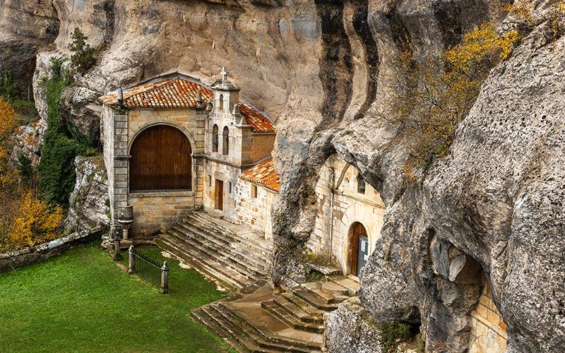 ermitas más curiosas, Ermita de San Bernabé