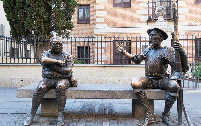 Escapadas baratas para el puente de diciembre: Alcalá de Henares