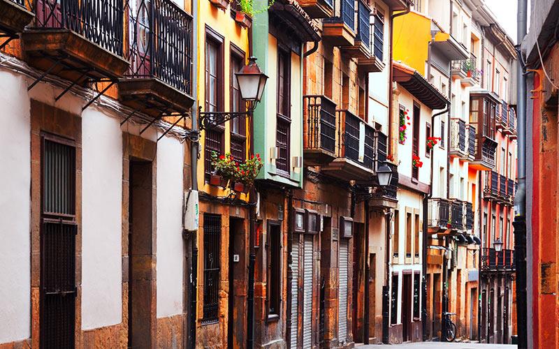 Escapadas baratas para el puente de diciembre: Oviedo