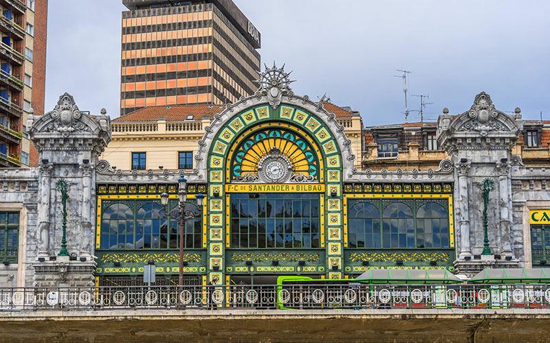 estaciones de tren en Bilbao